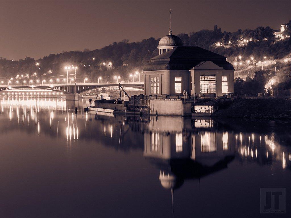 Vodní elektrárna Štvanice