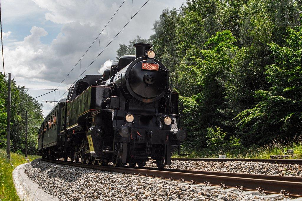 Parní lokomotiva 433.001